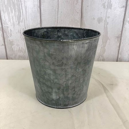 Antique Zinc Pot with Whitewash 19cm