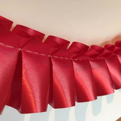 Ribbon Easy Pleat - Lava Red