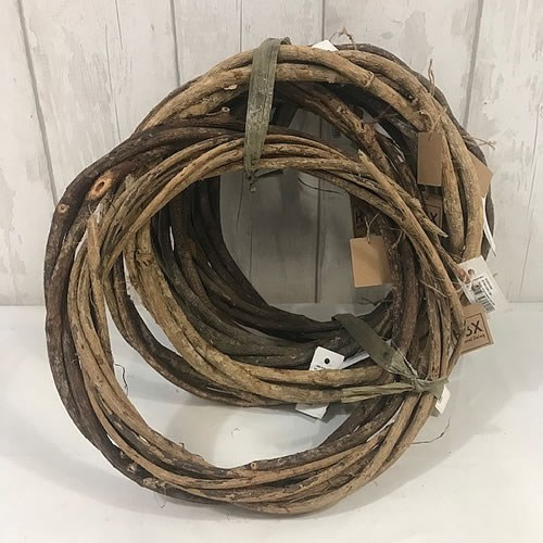 Natural Twisted Vine Wreaths - 30cm